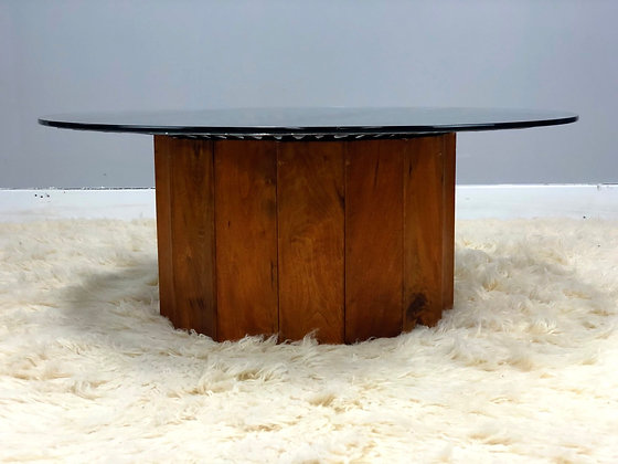 Vintage Round Glass Coffee Table With Cool Metal Decoration