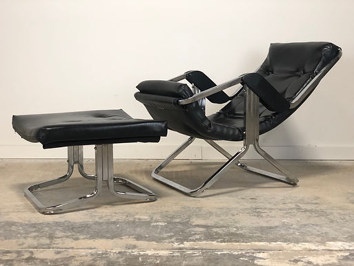 Mid Century Leather & Chrome Gravity Lounge Chair With Ottoman