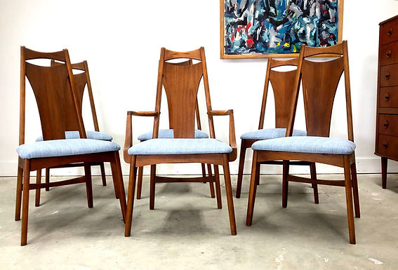 Set 6 Mid-Century Modern Walnut Dining Chairs By Young Manufacturing