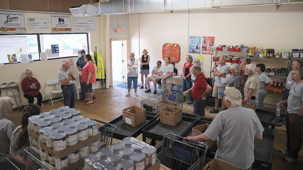 Volunteers at Feeding Avery Families