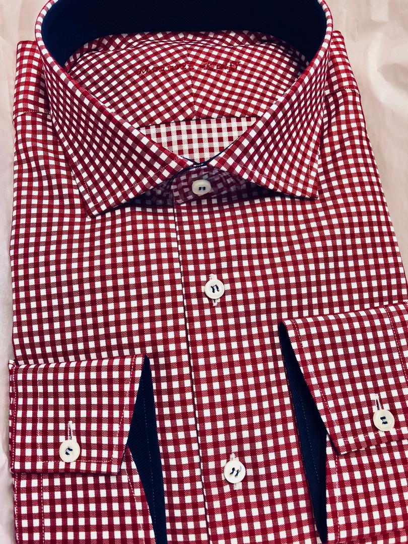 Rood wit geblokt overhemd
