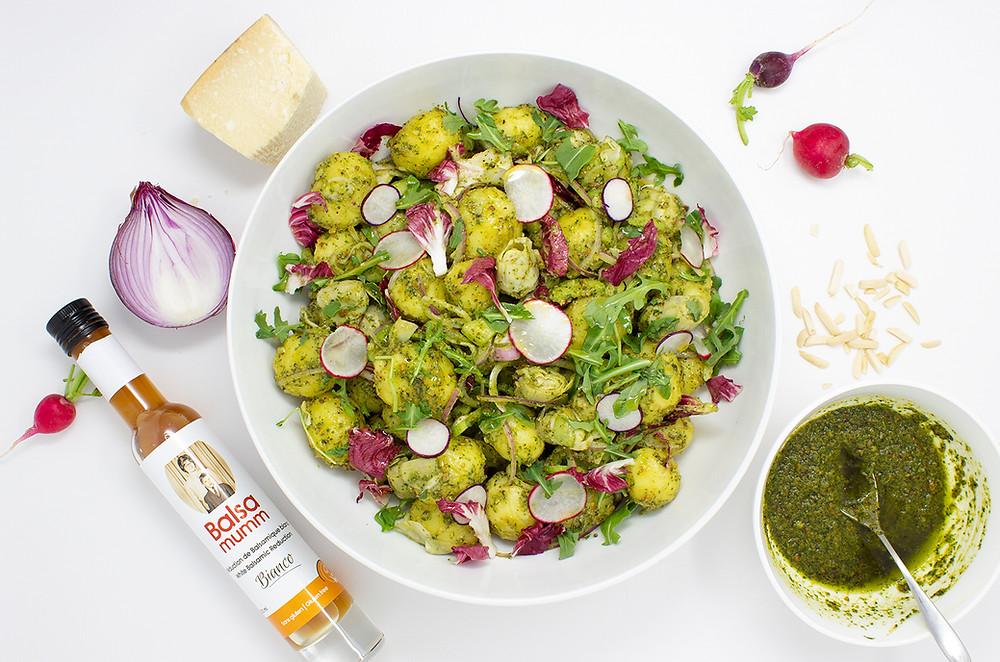 Salade de pommes de terre et mini artichauts au pesto de coriandre
