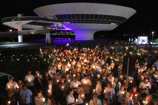Relato da participação dos Espíritas na Caminhada Luminosa da Paz