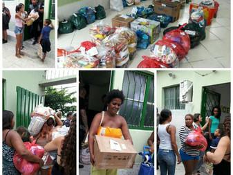 Distribução de cesta básica para as famílias assistidas