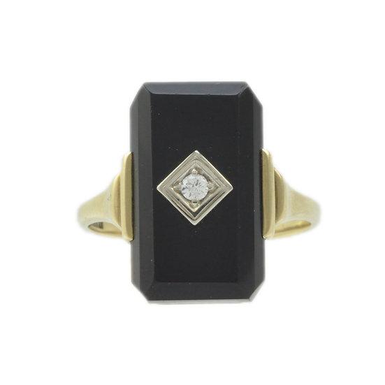 14kt European Onyx and Diamond ring