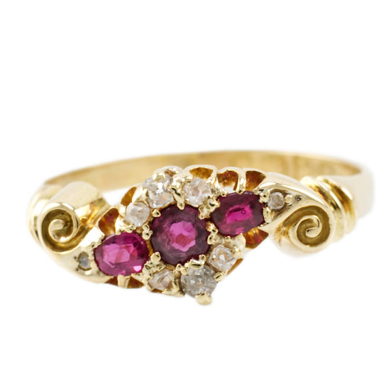 18ct Ruby& Diamond Vintage Cluster