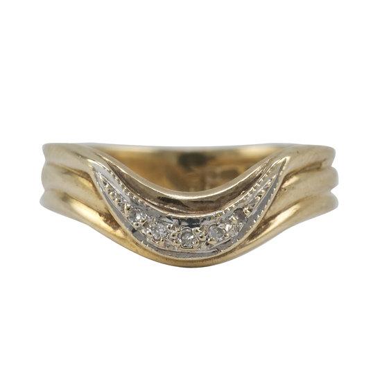 Diamond Set Shaped 9ct Gold Ring