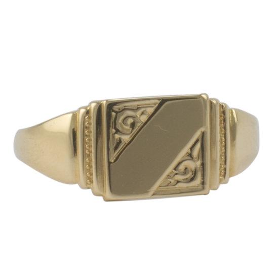 18ct Signet Ring