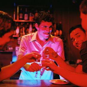 Leuchtender Gin Tonic