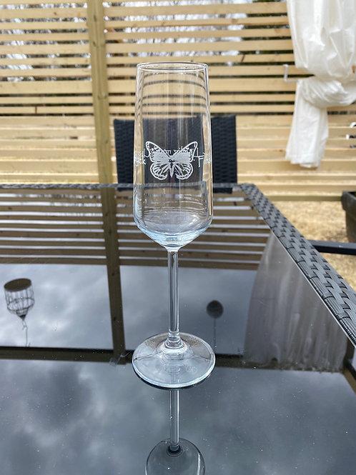 Champagneglas  - Fjäril och Text