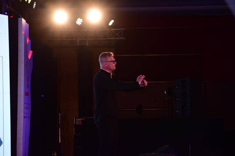 Erich on stage.jpg