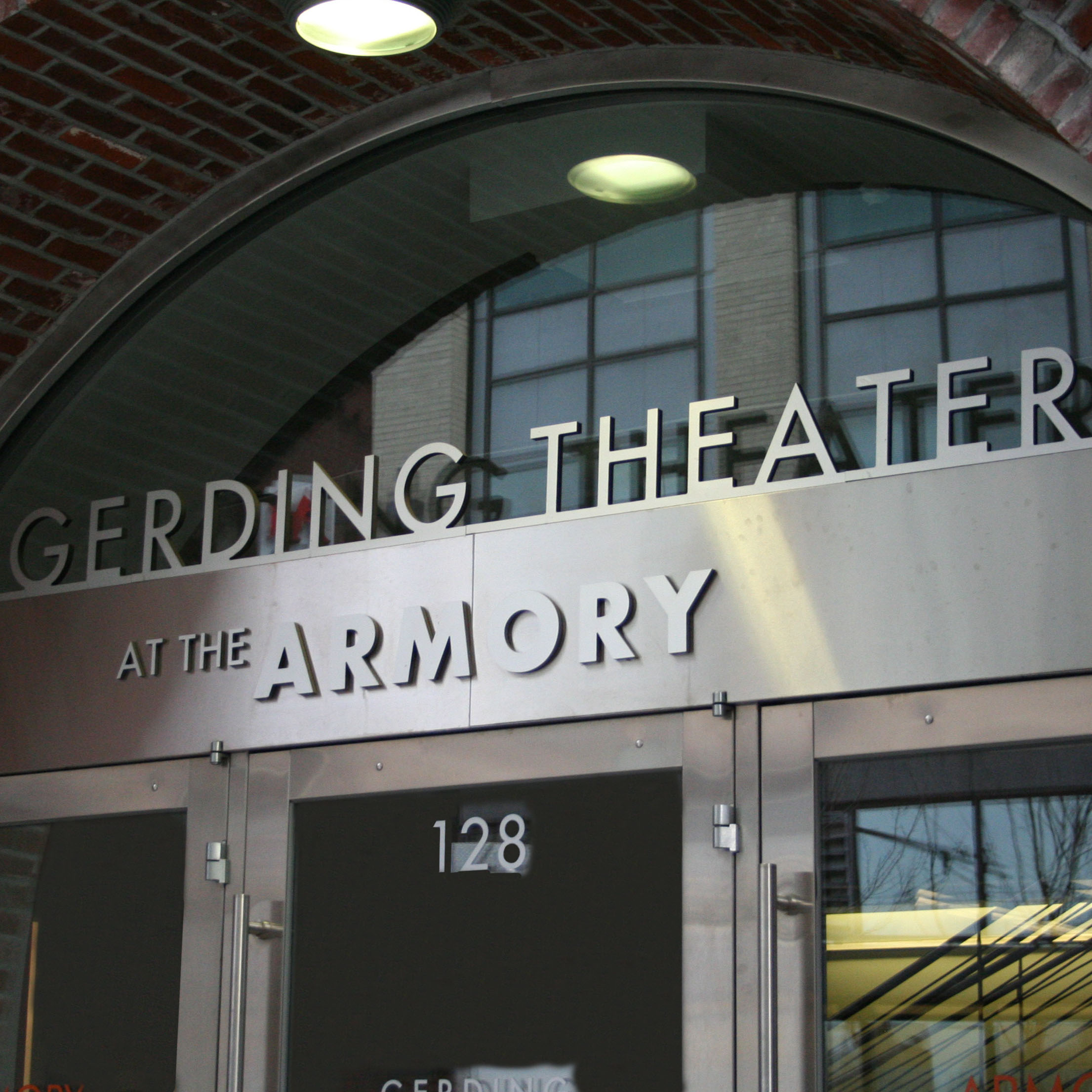 Gerding Theater at the Armory