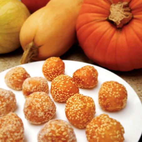 "Coming soon! Chinese pumpkin sesame ""doughnut"" balls recipe"