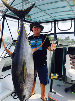 Deep sea fishing in Cayman 2
