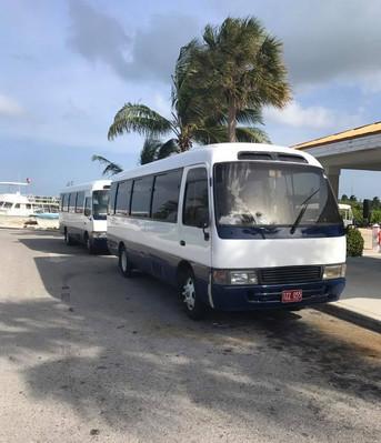 Bus to Stingray City