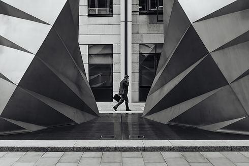 architecture-1850732_1920.jpg