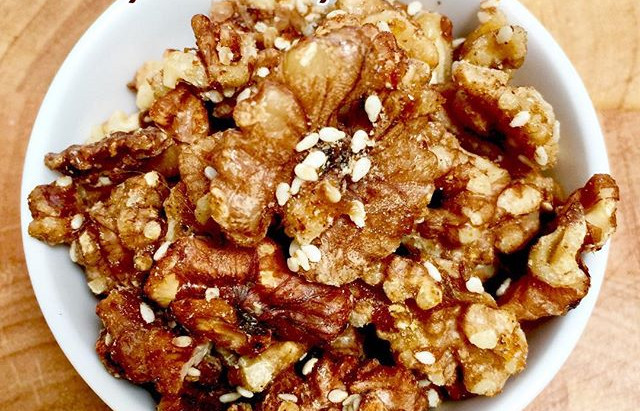 Maple & Spice Walnuts