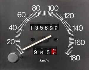 1280-477663373-automobile-speedometer-and-odometer.jpg