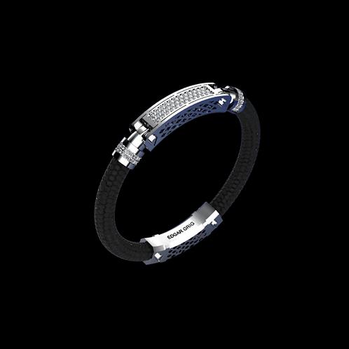 Náramek SIGNATURE z rejnočí kůže s diamanty