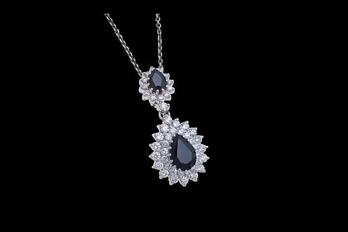 Náhrdelník NOIR se safíry a diamanty