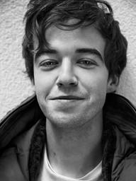 Alex Lawther JON