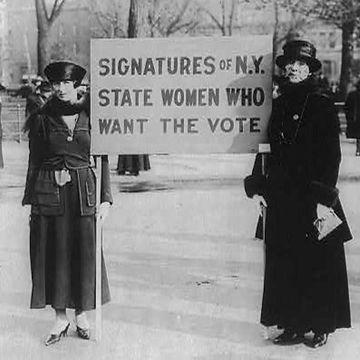 womens%20suffrage_edited.jpg