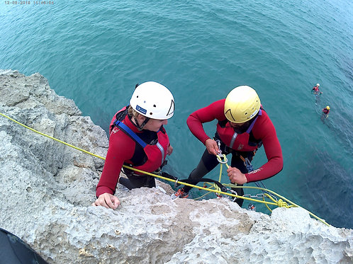 COASTEERING SESIMBRA | Discover The Nature | Active Tourism