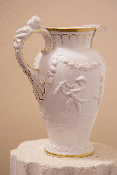 CAPODIMONTE brocca in porcellana