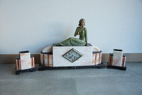 Orologio scultura trittico in marmo, anni '50