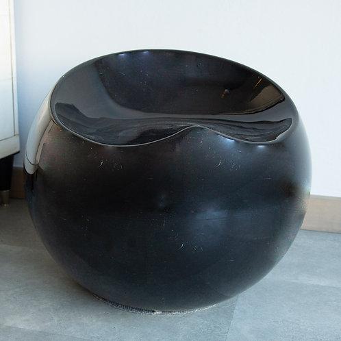 Pouff seduta in plastica nera