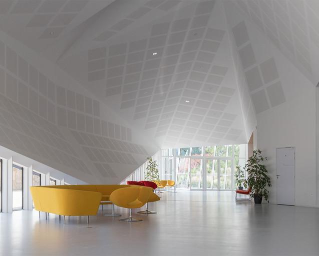 Centre Congres Jonzac 12.jpg