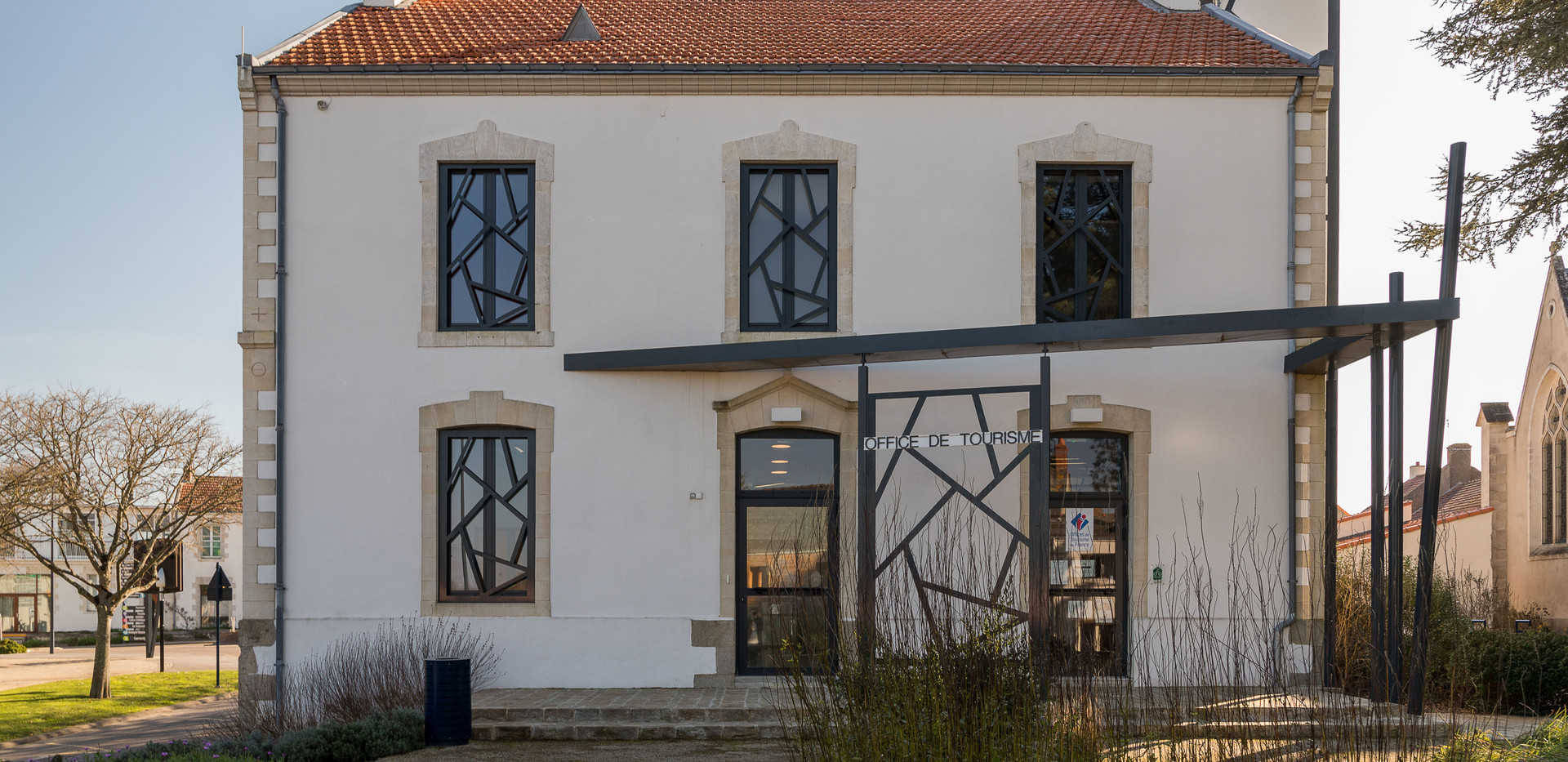 Office du Tourisme La Plaine-3comp.jpg