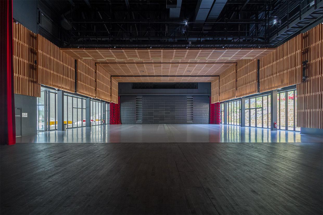 Centre Congres Jonzac 13.jpg