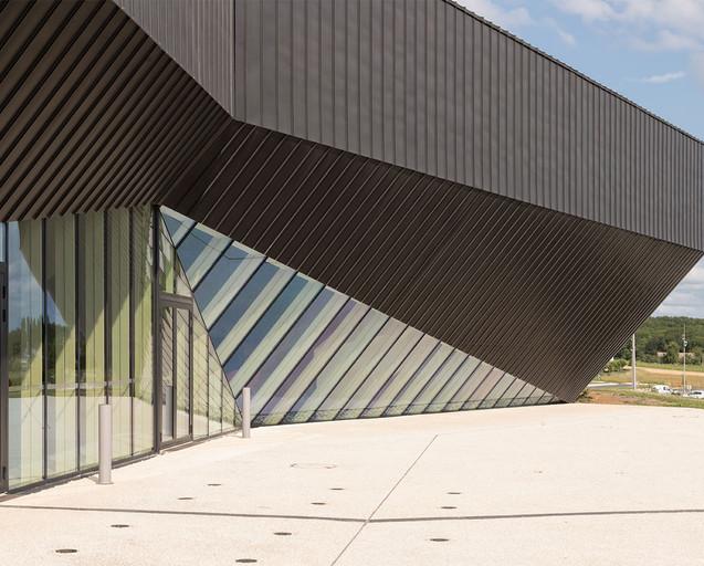 Centre Congres Jonzac 9.jpg