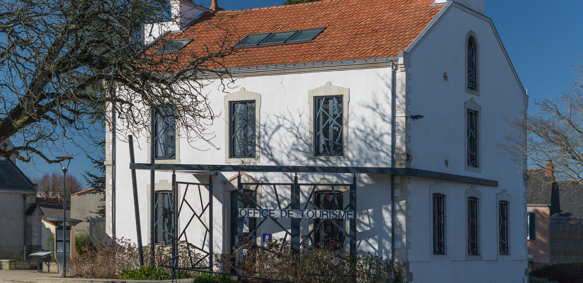 Office du Tourisme La Plaine-1comp.jpg