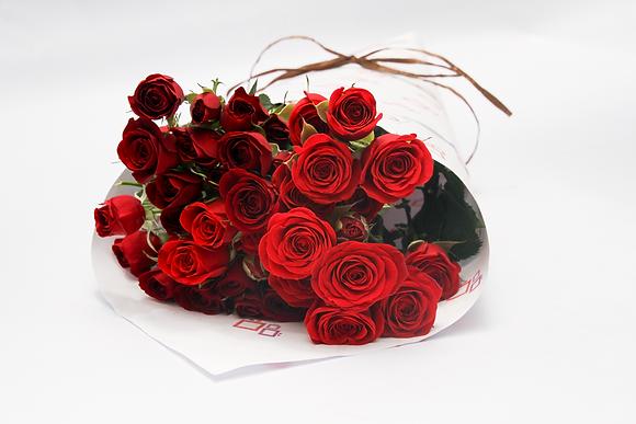Mini Rosas (Spray Rose)
