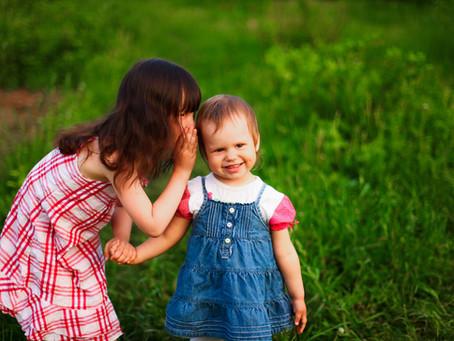 Melatih Anak Bicara: Perlu Upaya dari Hati