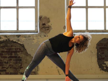 Power yoga: alles wat je wilt weten over Power yoga
