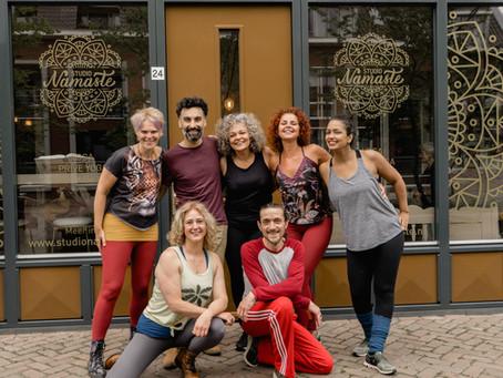 Ontmoet ons geweldige team van ervaren yogadocenten