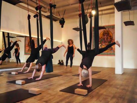 Aerial yoga: alles wat je wilt weten over Aerial yoga