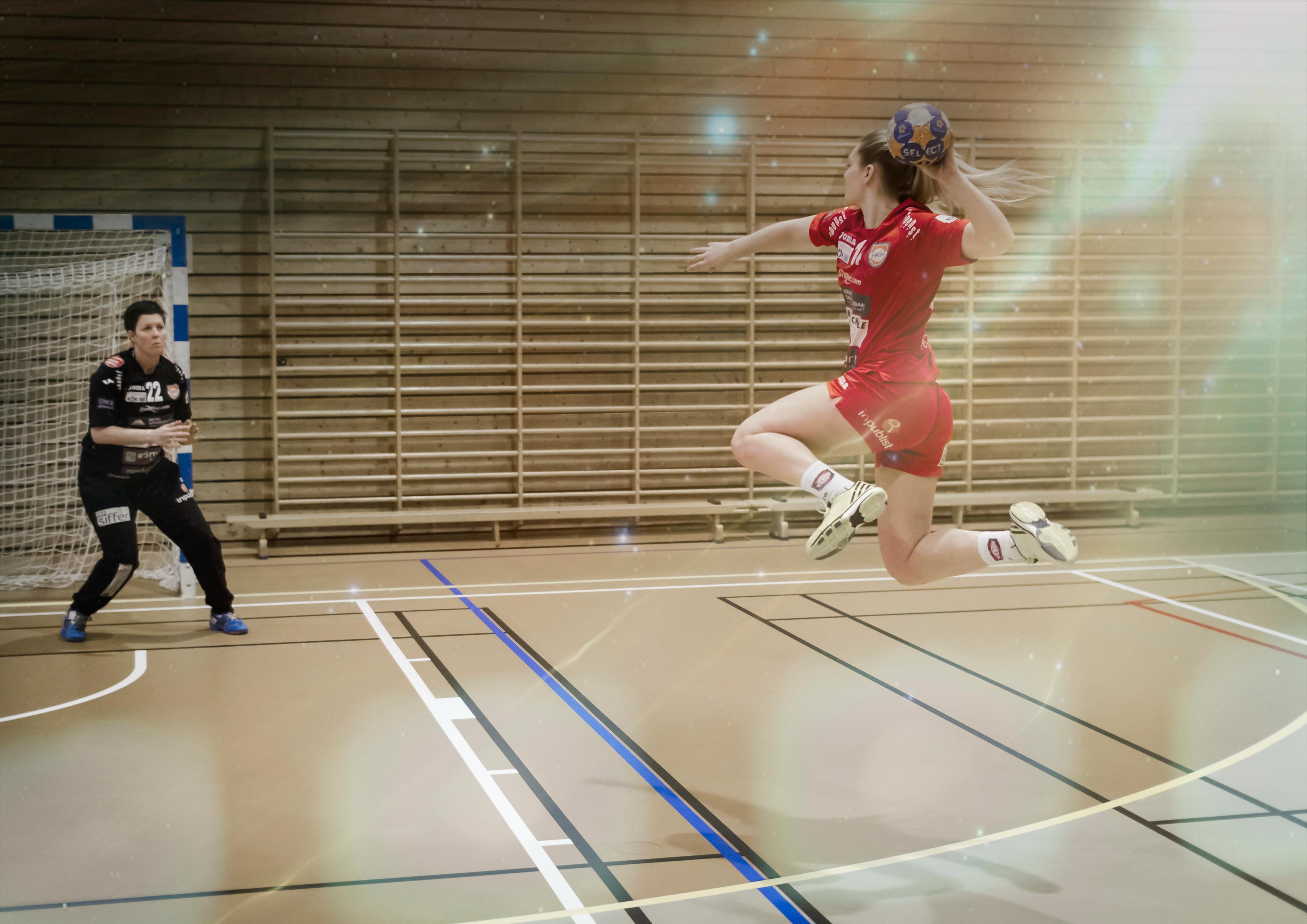 HandballFX1BigS_72dpi