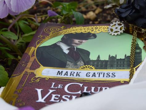 Lucifer Box, tome 1 : Le Club Vesuvius, Mark Gatiss