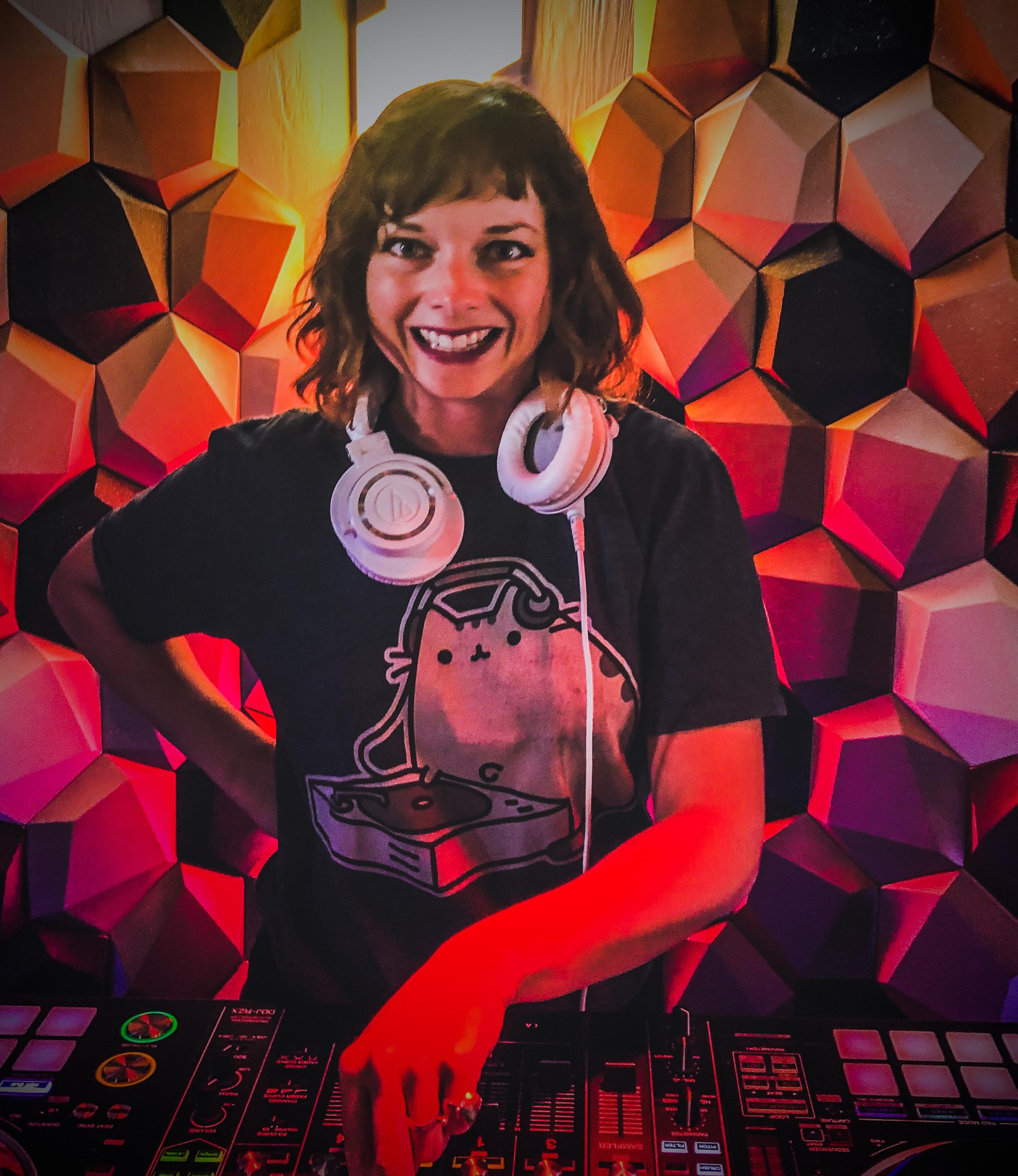 DJ ALPHA BAE - 2020