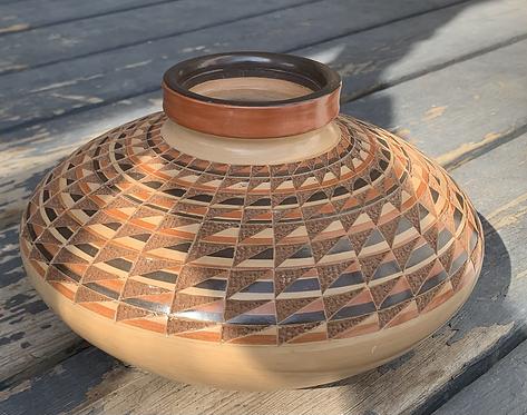 Cream geometric ceramic