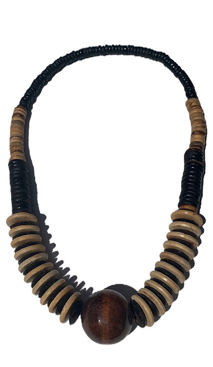 Mango wood necklace brown