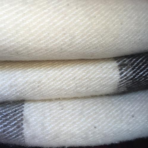 Loom woven wool blanket