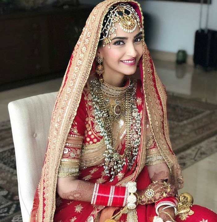 Sonam kapoor wedding day bridal makeup soft