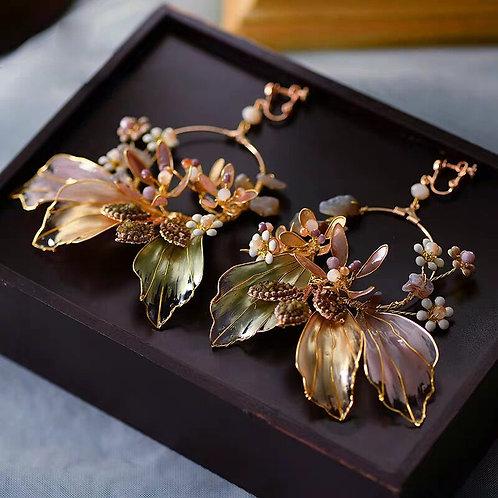 Valentina Vintage Handmade Pearl & Crystal Earrings