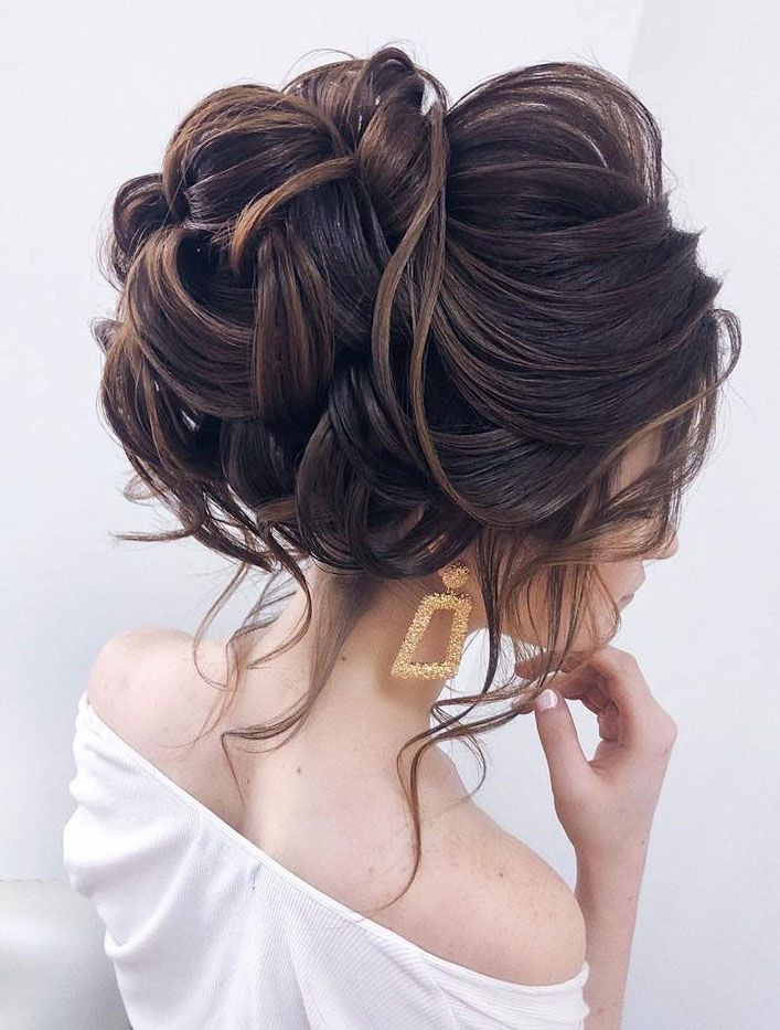 bridal bun perfect for weddings bridal hairstyle