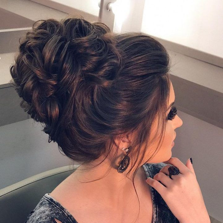 classic bridal bun for weddings bridal party special occasion
